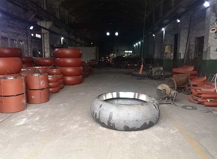 【贝博网址进不去】辊皮生产厂家与您分享:双金属复合材料的铸造工艺
